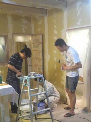 逗子に建てた自然素材の家|ナチュラルな漆喰珪藻土を施主が塗る!