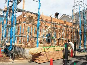 湘南•藤沢サーファーの建てる注文住宅『人が集まる家』上棟☆