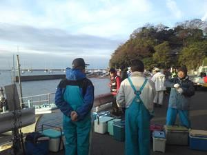 横須賀市佐島港出船|中尾建築工房と行く冬の船釣り!!
