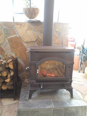 湘南の暖を支える冬の風物詩薪ストーブの最適化!
