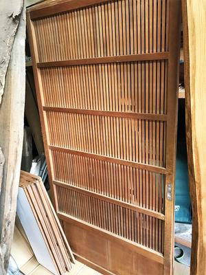 横須賀市に建てる注文住宅|古材建具や無垢板の再生いろいろ