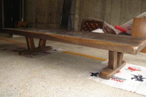 ダイニングテーブルの天板を差しあげます!