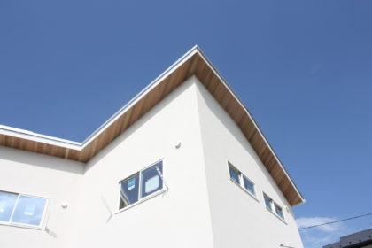 逗子市逗子に家を建てる〜施主参加でローコストな自然素材の家を建てる方法〜