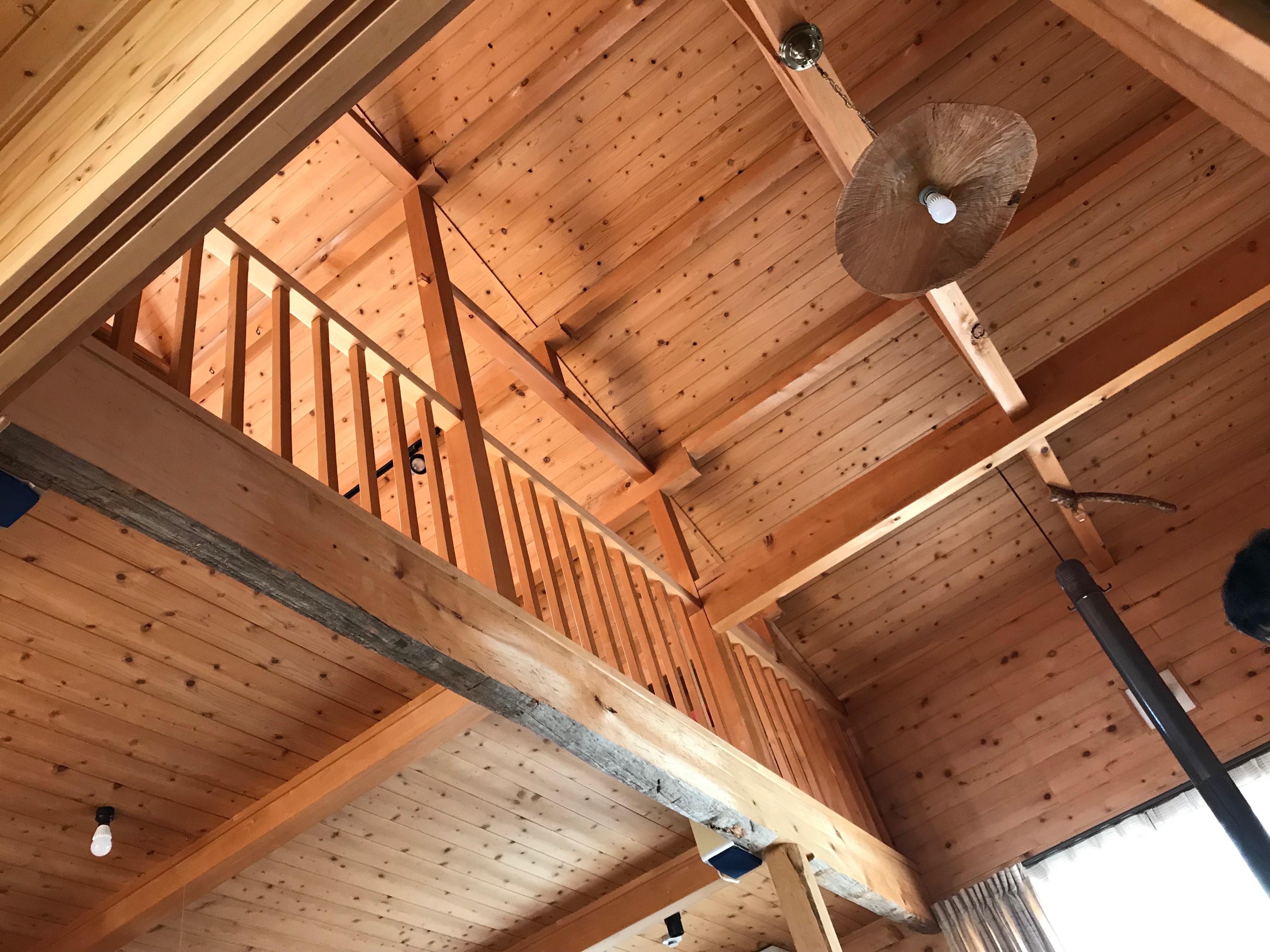青森ヒバと相性の良い素材で家を建てる