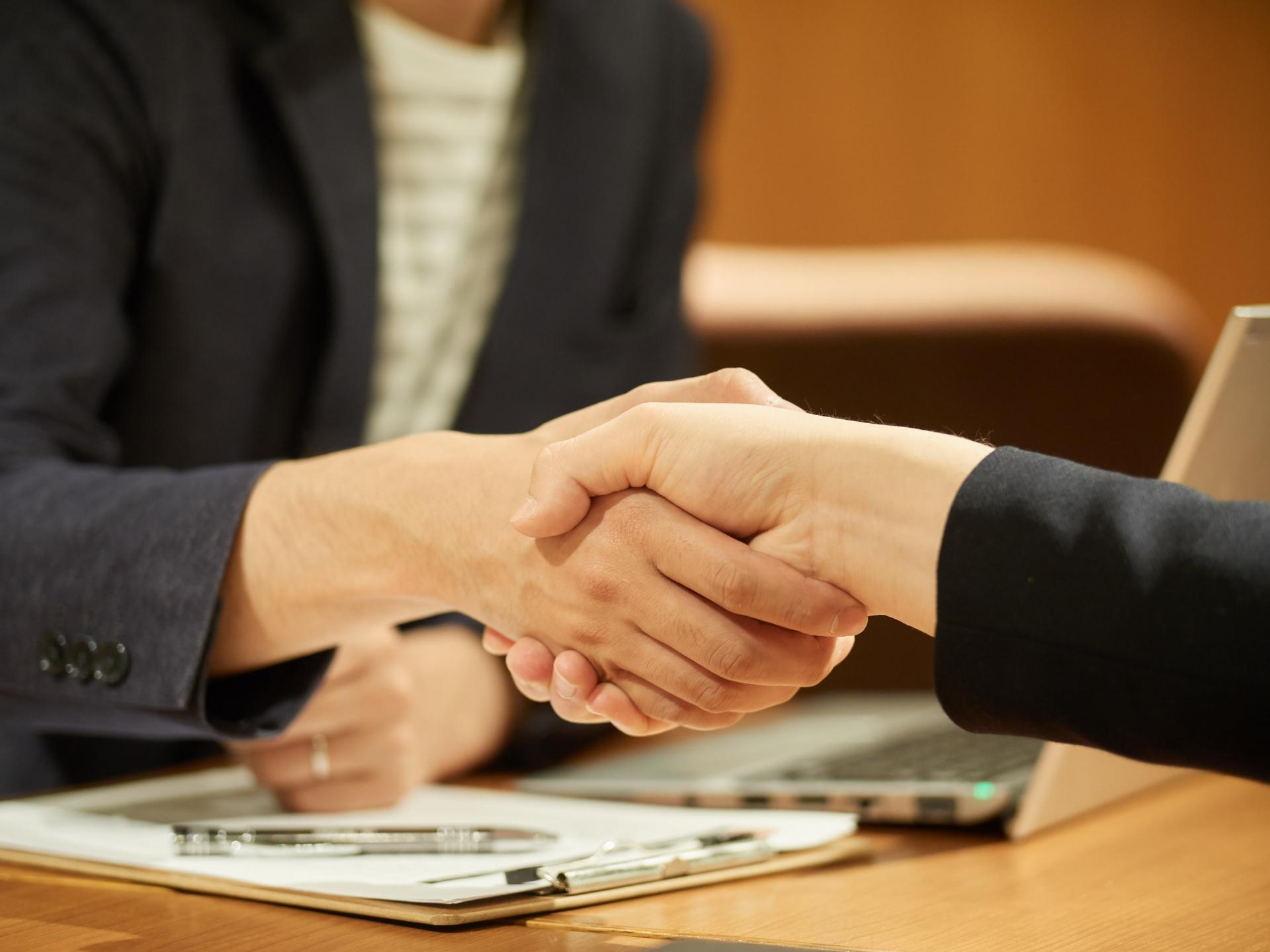ハウスメーカーや工務店との契約前に後悔しない基礎知識7選まとめ