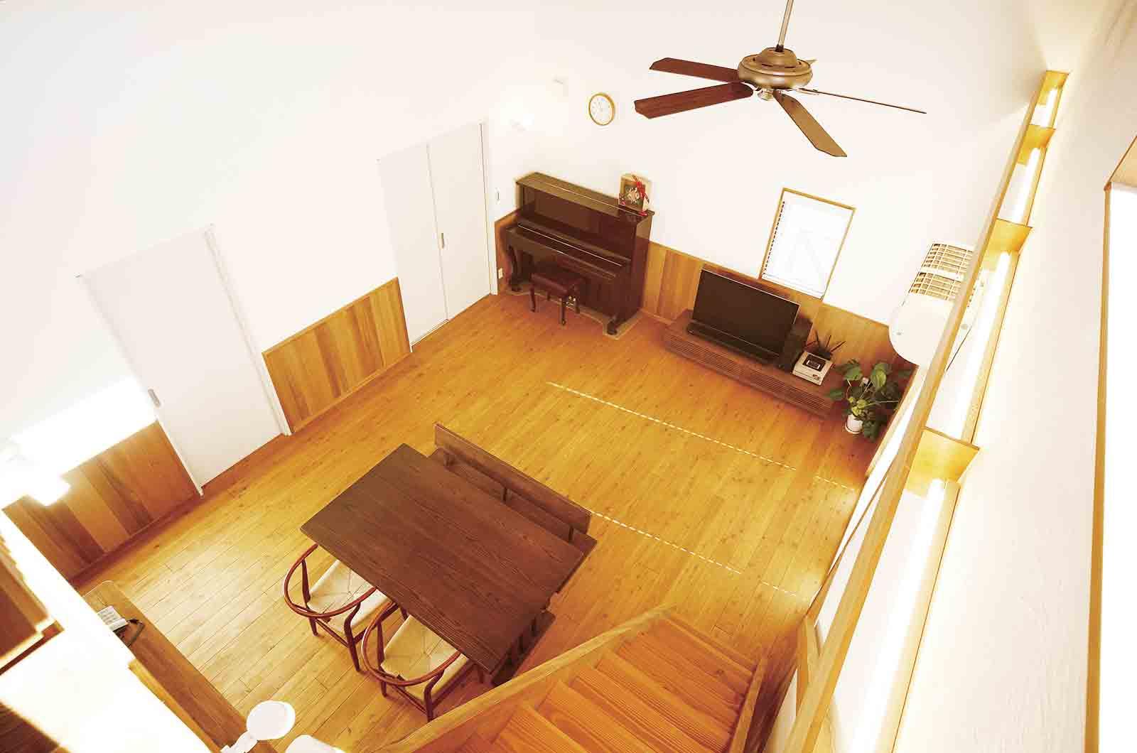 無垢のフローリングに床暖房は可能か