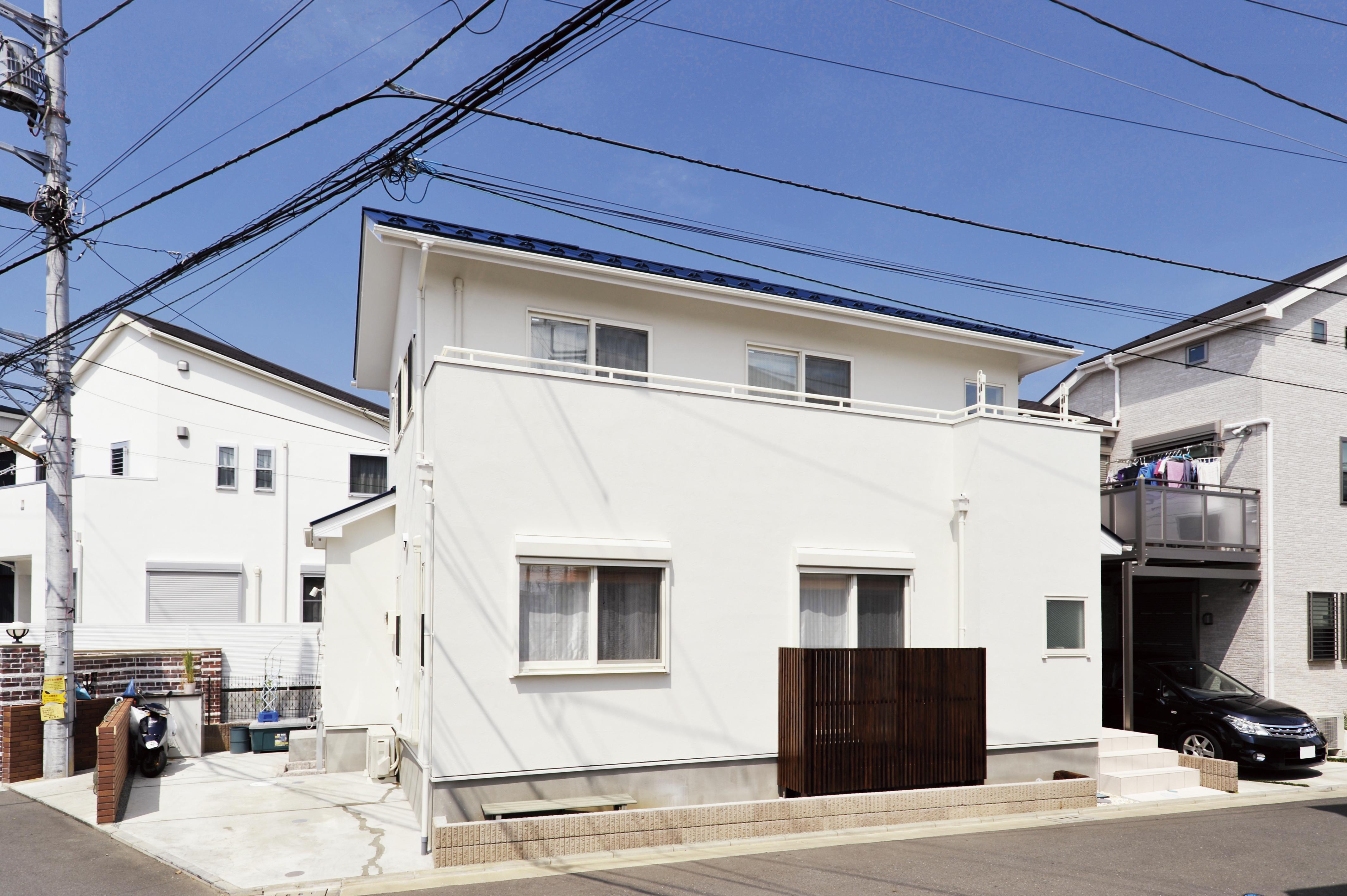湘南のサーファーが家を建てる〜茅ヶ崎市の湿気対策済みの自然素材の家