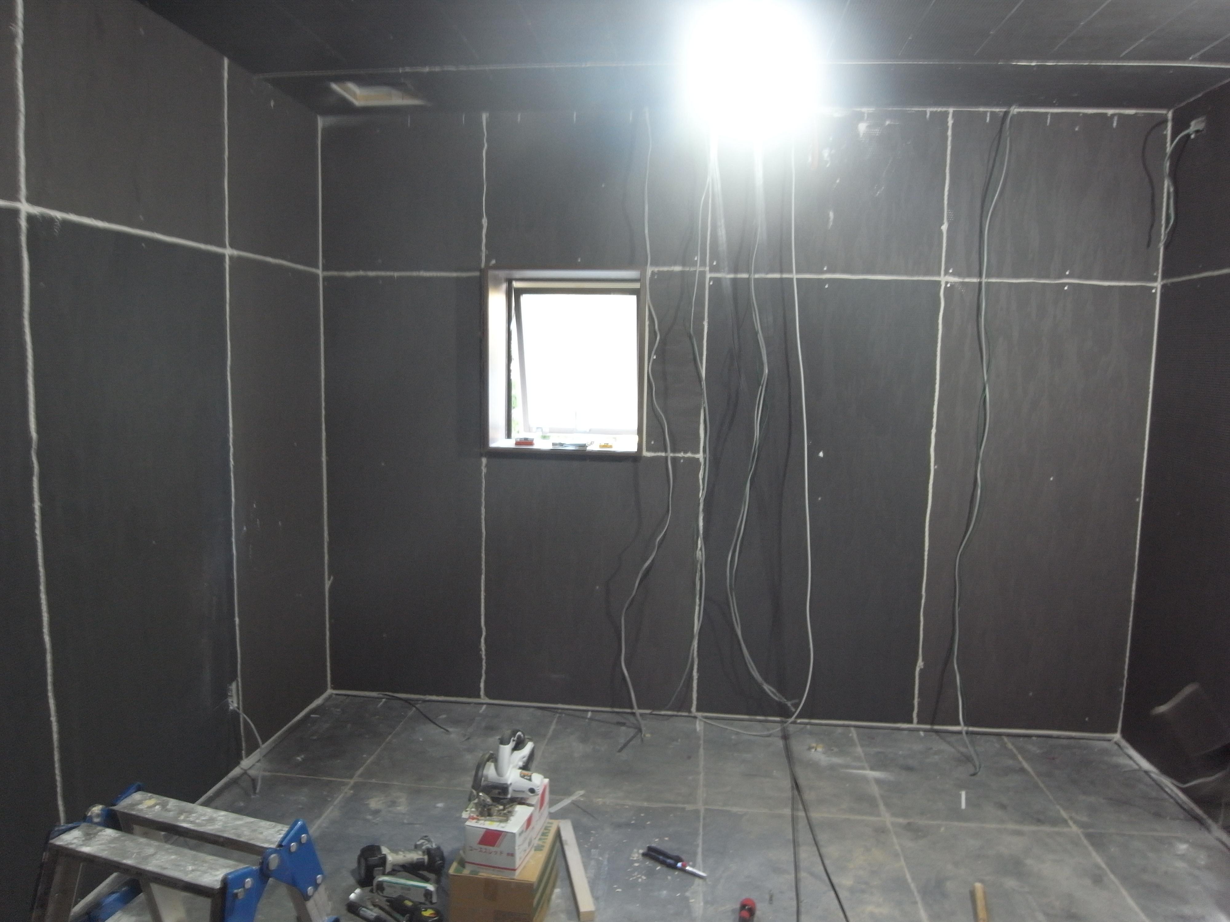 シアタールームの間仕切り壁遮音完了