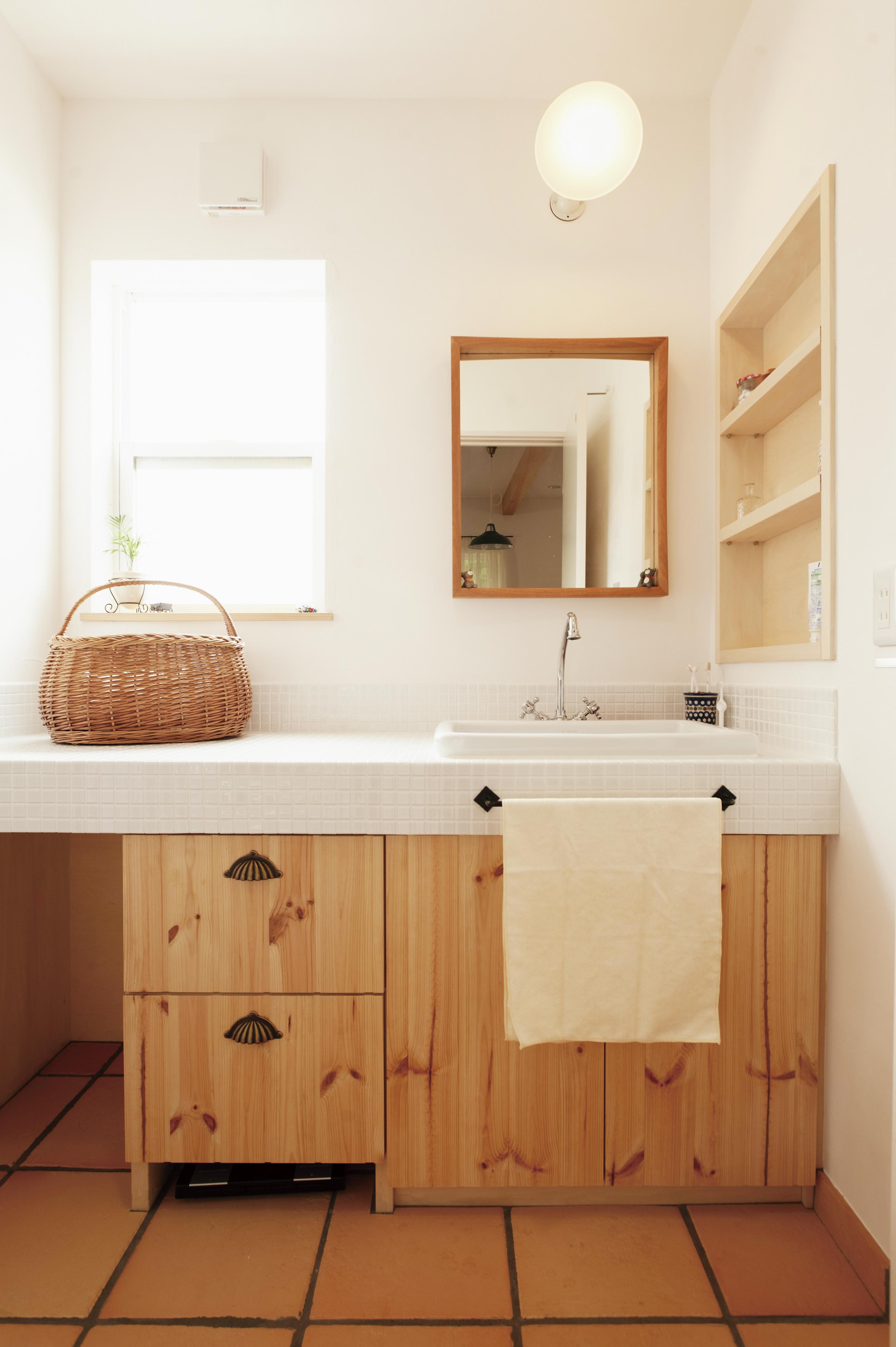 洗面台は造作仕様